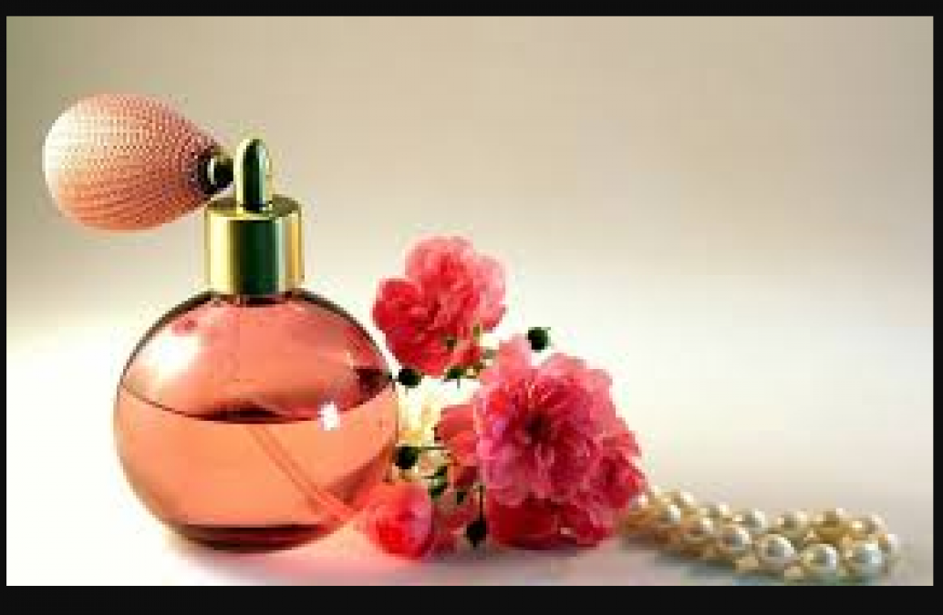 Spray on these points of the body for long-lasting fragrance