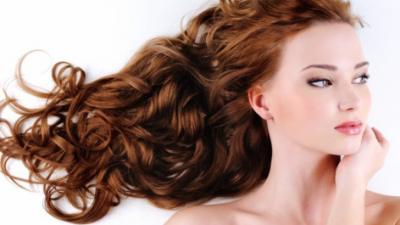 सर्दी में इस तरह करें बालों की देखभाल
