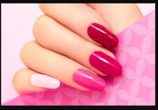 Take care of these things after applying nail paint to give an attractive look to the nails