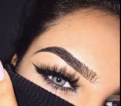 EyeLiner chosen according to eye colors will become even more beautiful