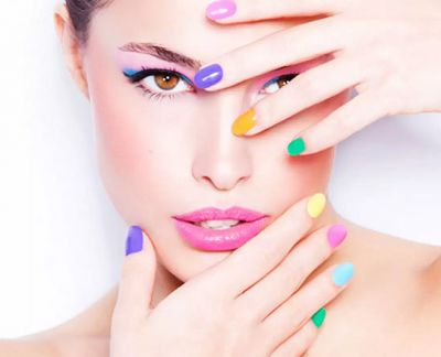 Learn from experts on how to strengthen and enhance the nails at home..