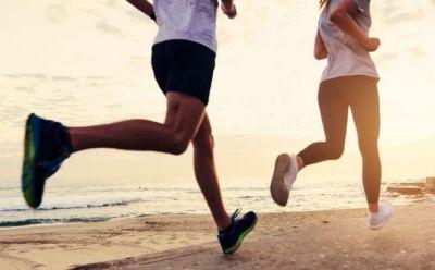 जानें बढ़ते वजन के लिए क्या है बेहतर, रनिंग या वॉकिंग