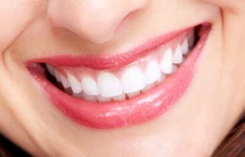 दांतों की समस्या बढ़ा सकती है हृदय रोग का खतरा