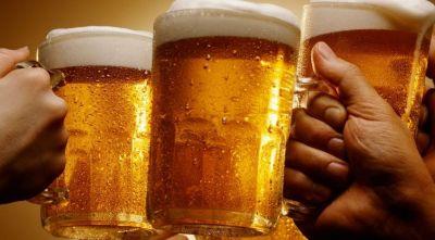 International Beer Day : जानें सेहत के लिए कितनी लाभकारी है बीयर