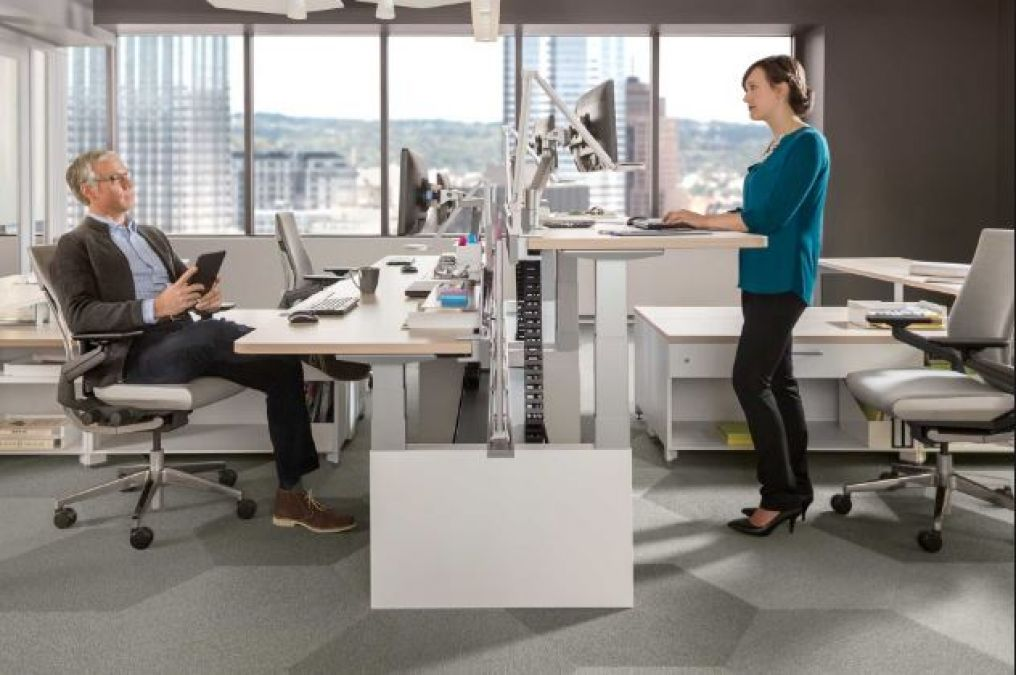 Benefits of Using a Standing Desk, learn the health benefits