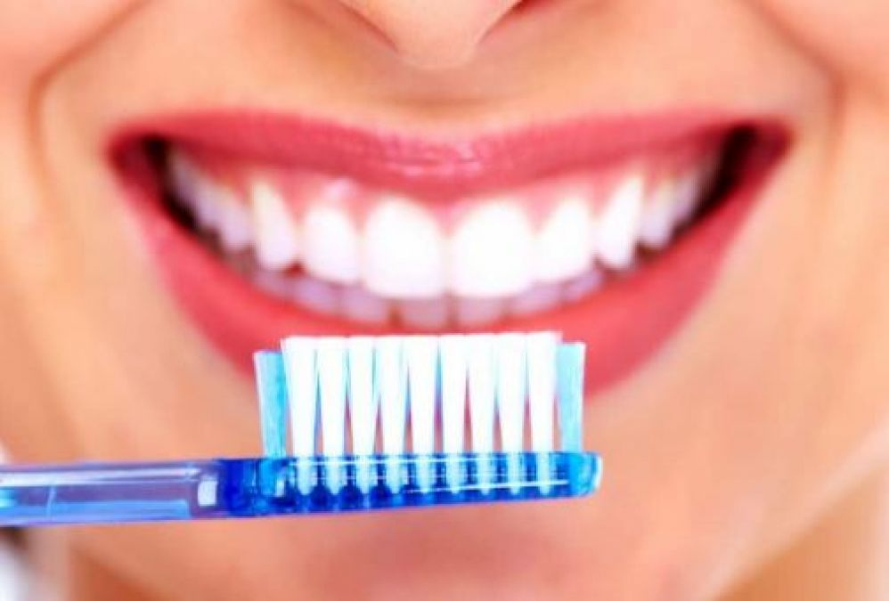 Simple Home Remedies To Treat Gum