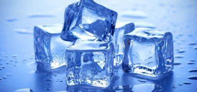 बर्फ का एक टुकड़ा ठीक कर सकता है आपके दांत का दर्द