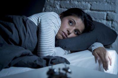 कम नींद लेने से हो सकते हैं नुकसान, घेर सकती हैं ये बीमारियां..