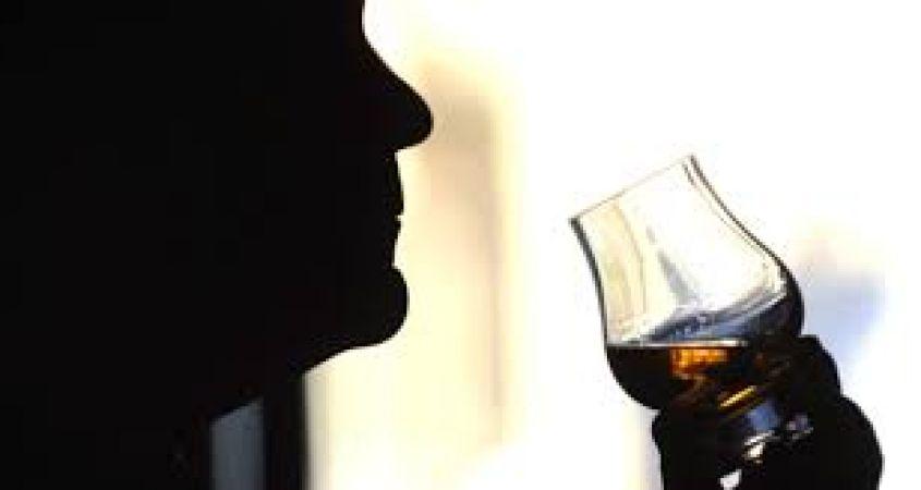 क्या आप जानते हैं शराब पीने के ये फायदे..