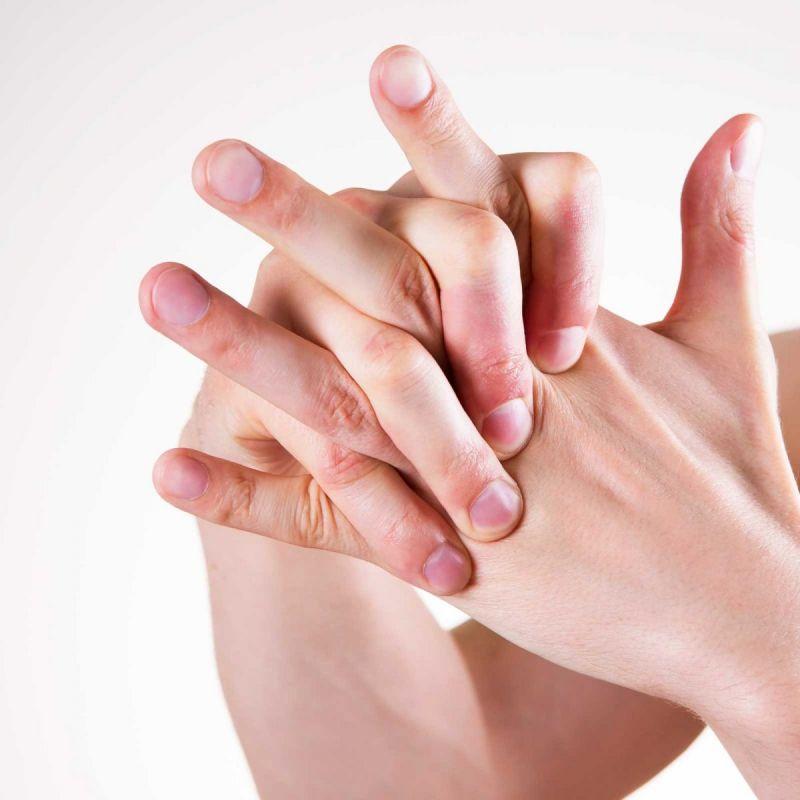 यदि आपको भी है उंगुलीयां चटकाने की आदत तो जान ले इसके नुकसान