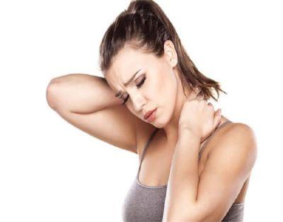 गर्दन की अकड़न के लिए फायदेमंद हैं ये तरीके