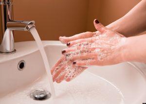 बिना हाथ धोये खाना खाने से हो सकते है इन बीमारियों के शिकार