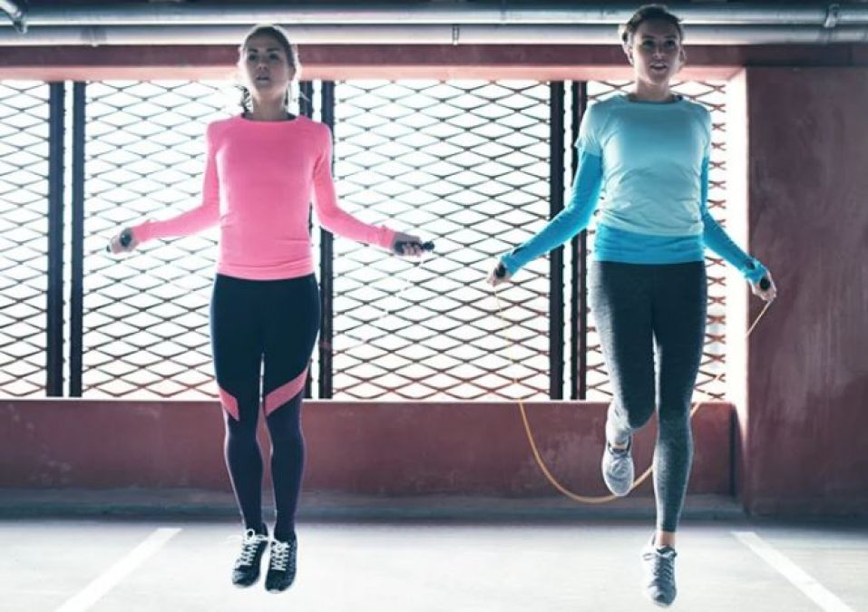Learn how jumping rope leads to weight loss, these are the other