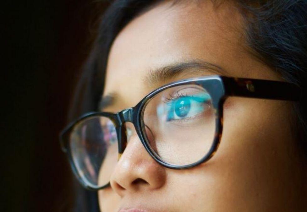 बिना ऑपरेशन के भी हमेशा के लिए दूर कर सकते है चश्मा