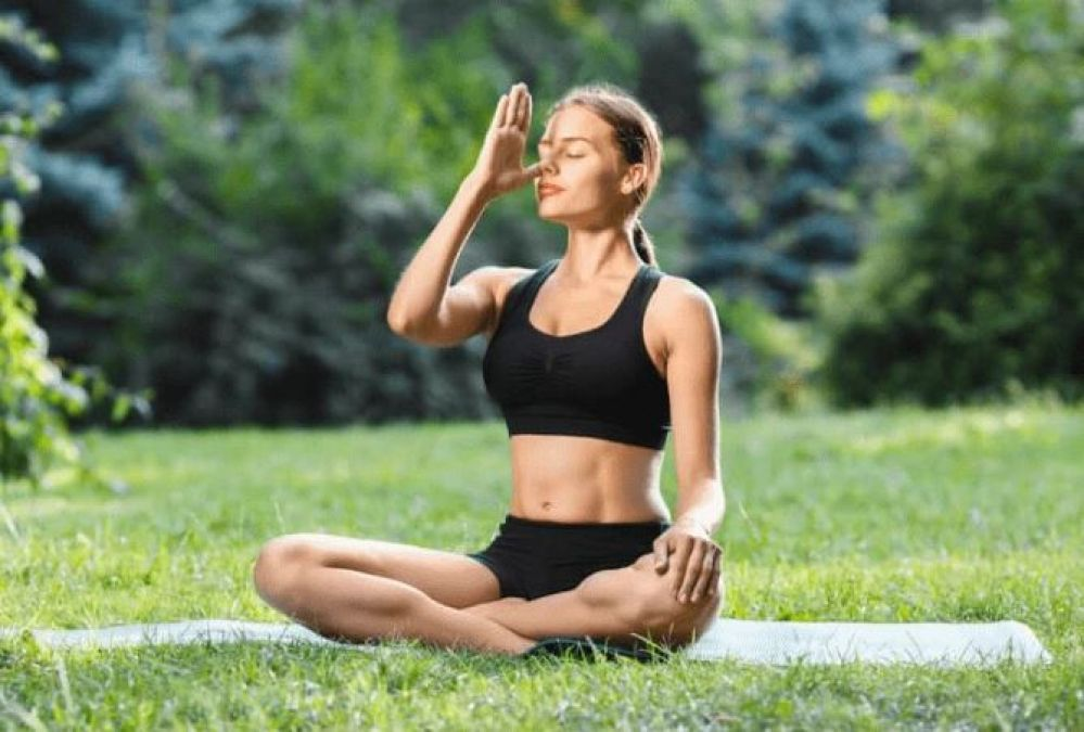 Anulom Vilom: Advantages Of Yoga For Asthma Patients