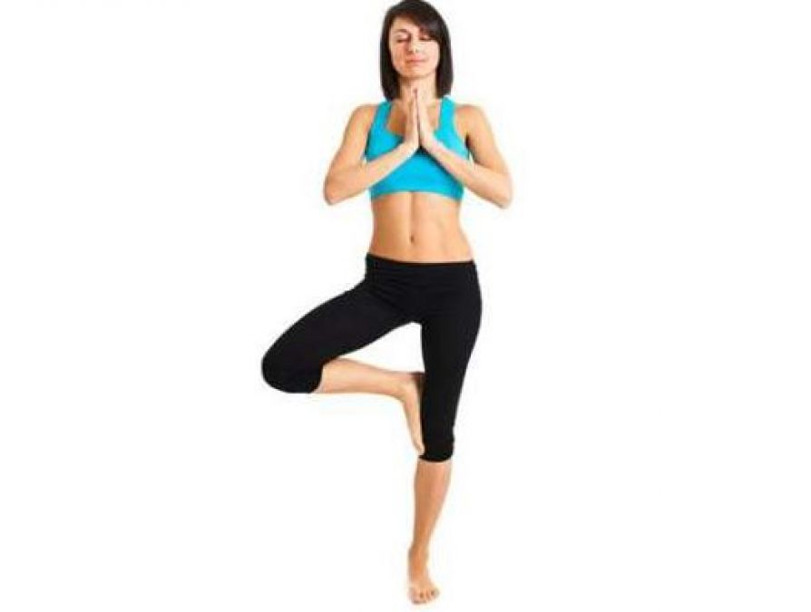 Simple Yoga Asanas That Will Give You a Flat Tummy