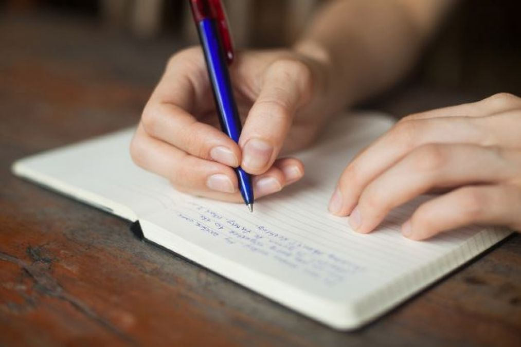क्या आप जानते हैं लिखने के क्या होते हैं फायदे!