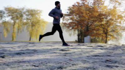 सुबह की दौड़ से आप स्वस्थ तो रहते हैं लेकिन जान लें ये बातें