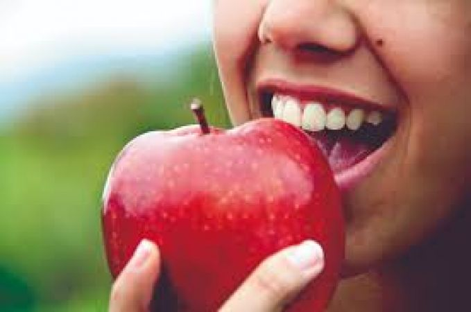 ट्यूमर और कैंसर जैसी बीमारी में लाभदायक है सेब