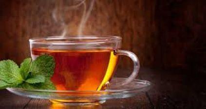 गर्मागर्म चाय पीने वाले जान लें इस खतरे के बारे में