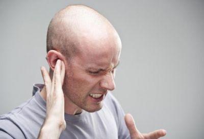 कान के दर्द से ऐसे पाएं निजात, घरेलु इलाज करेंगे मदद