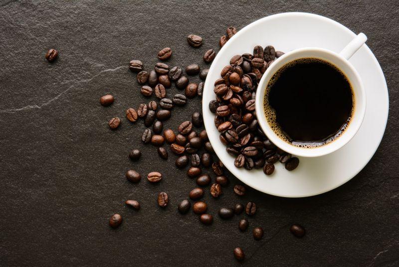 इन शारीरिक समस्याओं को कम करने में आपकी मदद कर सकती है ब्लैक कॉफी
