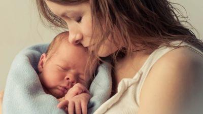 लड़के को जन्म देने वाली महिलाओं को होता है डिप्रेशन, ऐसे करें बचाव