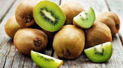 कीवी फल खाने के इन फायदों को जानकर हैरान हो जाएंगे आप