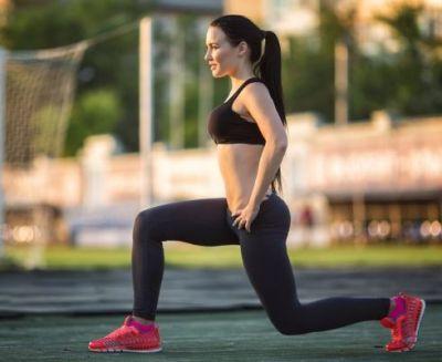परफेक्ट फिगर के लिए महिलाएं करें ये सिंपल Exercise