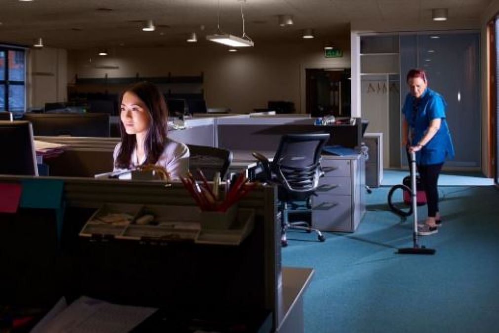 If you are working in night shift, then pay attention to these tips for health