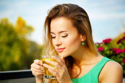 खाली पेट चाय पीने से हो सकती हैं सेहत से जुड़ी समस्याएं