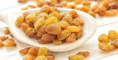 Amazing health benefits of tasty Raisins