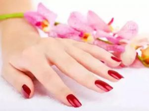 Try this 2 Easy Tips To Make Nails Beautiful