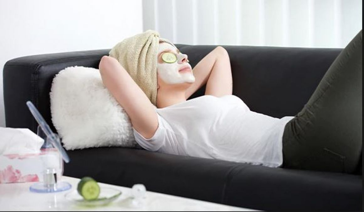 How To Do Facial at Home: 5 Simple and Easy Steps