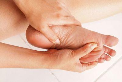 घरेलु नुस्खों से दूर करें पैरों का दर्द