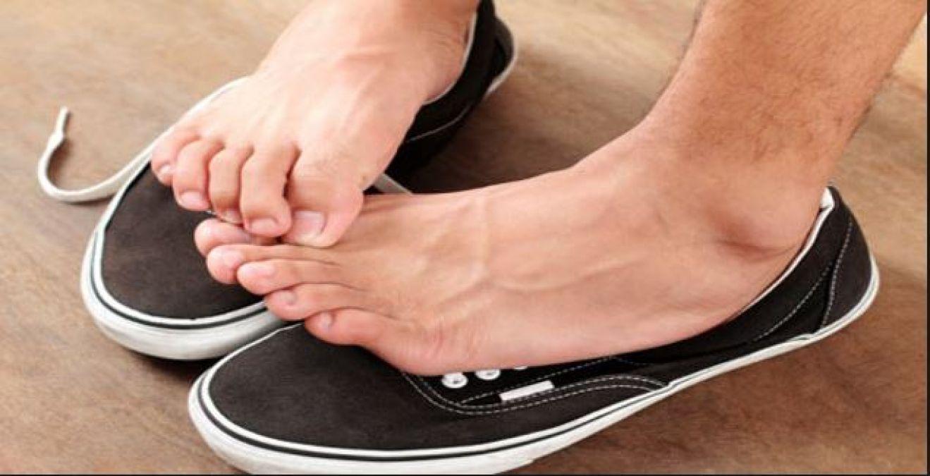 पैरों में होने वाले इन्फेक्शन को घरेलु तरीकों से करें दूर