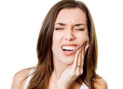दांतों की कैविटी को दूर करने के लिए असरदार हैं ये उपाय
