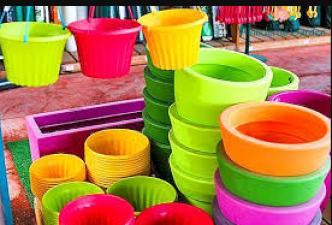 इन घरेलु नुस्खों से प्लास्टिक के बर्तनो में लगे दाग मिनटों में होंगे साफ़