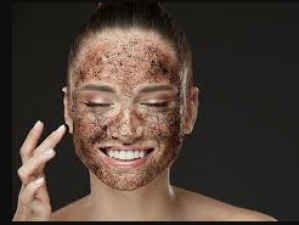 Apply this cocoa- honey face mask to bring glow in the face with just one use!
