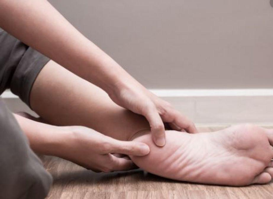 2 खीरे आपके पैरों के दर्द को कर सकते हैं दूर, जानें कैसे
