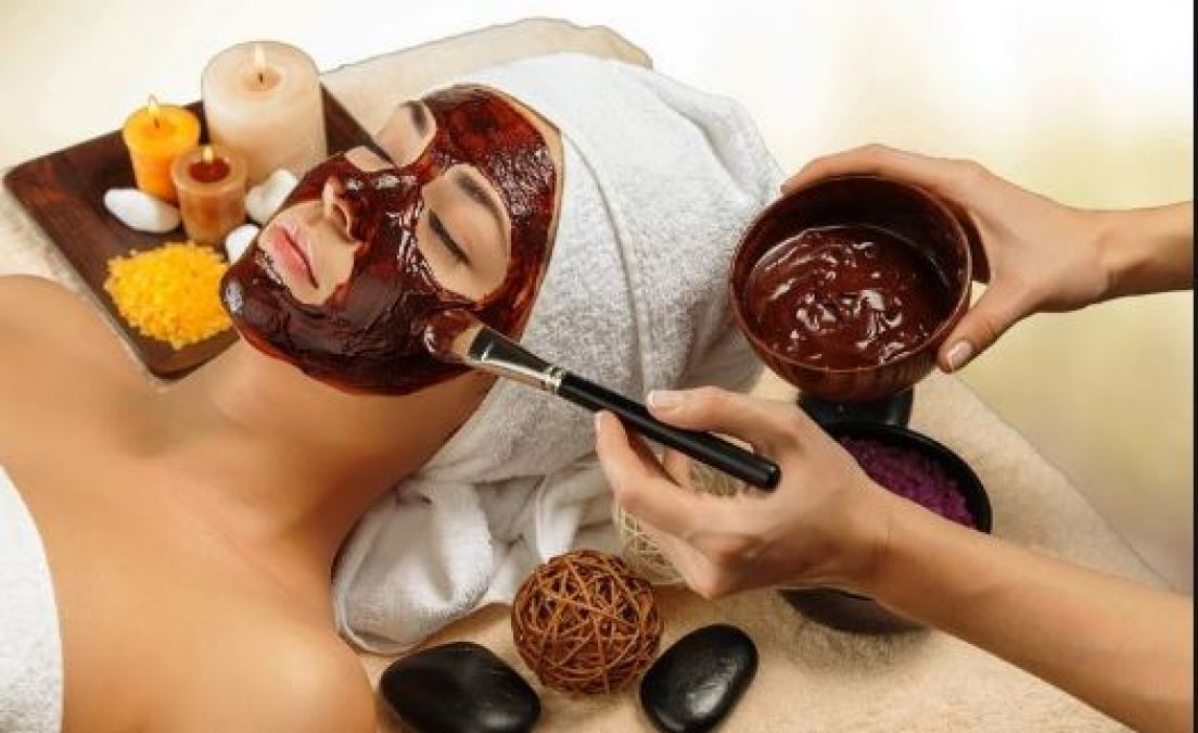 Use This Homemade Yogurt Cocoa Face Masks to Get a Great Skin