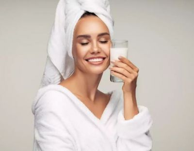 Cold milk helps to get soft and glowing skin, Know its benefits