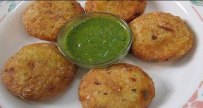 Recipe: Make This Special Potato-Coconut Kachori for your Friends on Friendship Day