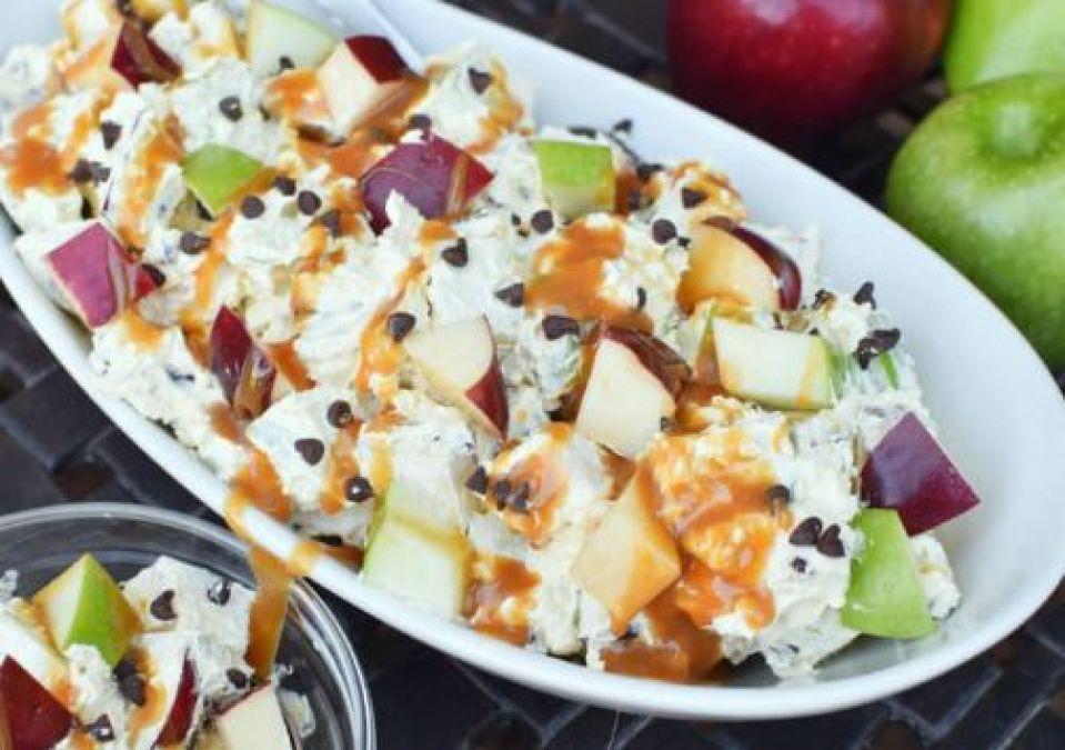 Recipe : मेहमानों के लिए इस बार ट्राई करें Caramel Fruit Vegetable Salad