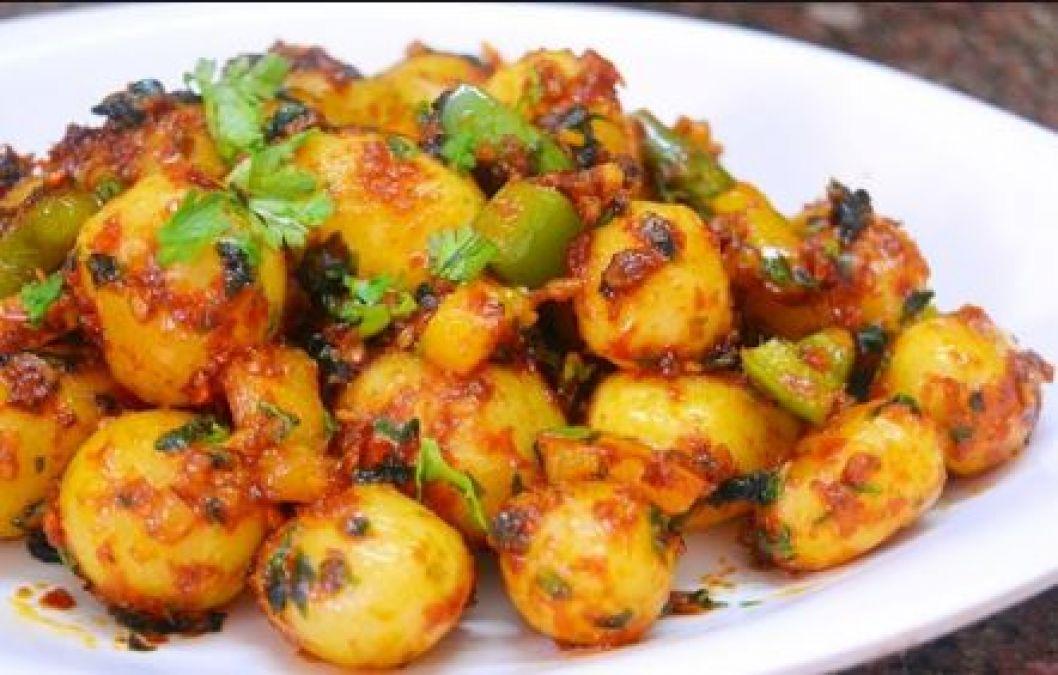 Eat delicious Chilli Garlic Potato as evening snack, read recipe