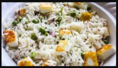 This recipe of Traditional Pea Paneer Pulao will add a new color to food in winter