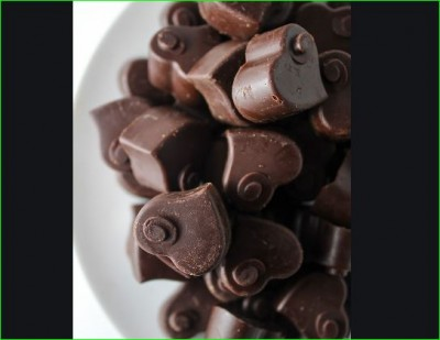 Gift hand-made chocolates on this Chocolate Day to your partner, Know recipe