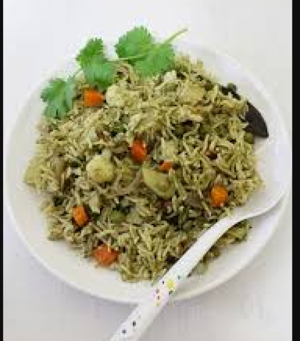 Quickly prepare this recipe of green coriander fried rice to calm the