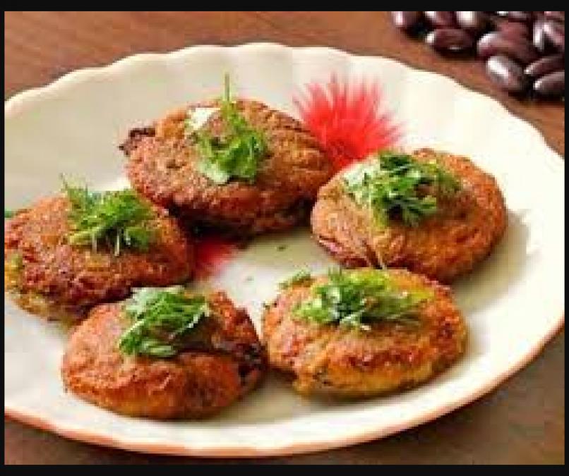Make these tasty moong dal kebabs at