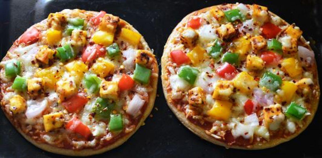Recipe : पिज़्ज़ा के लिए दीवाने हैं  बच्चे तो घर में बनाएं रोटी पिज़्ज़ा